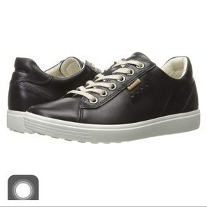 NIB Ecco Soft Leather Sneakers